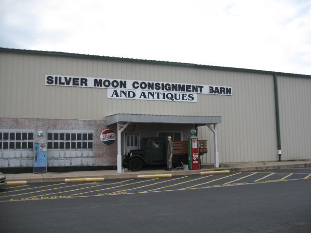Silver Moon Store